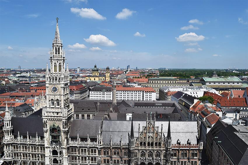 ミュンヘン市庁舎 ペーター教会からの眺め