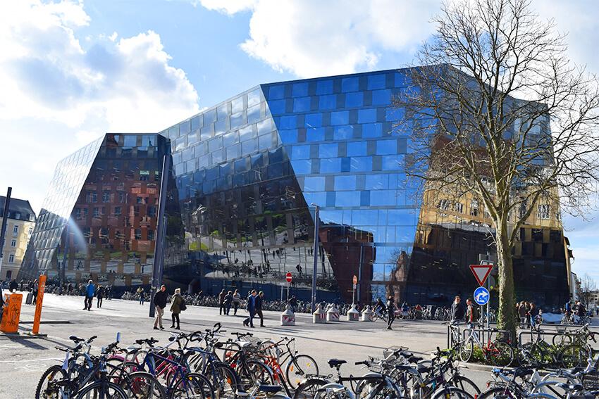 Freiburg-uni-library